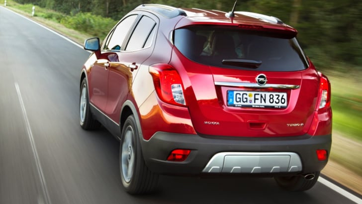 Opel Mokka rear driving