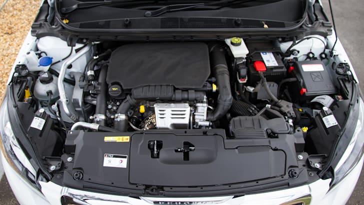 2014-peugeot-308-hatchback-auto-18