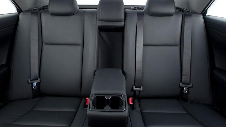Toyota Aurion - 2