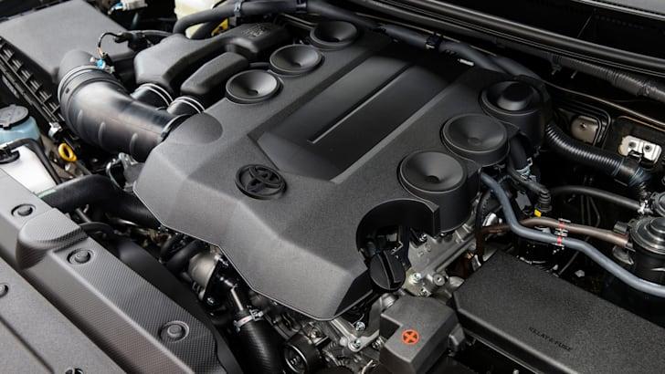 2013 Toyota Prado petrol engine