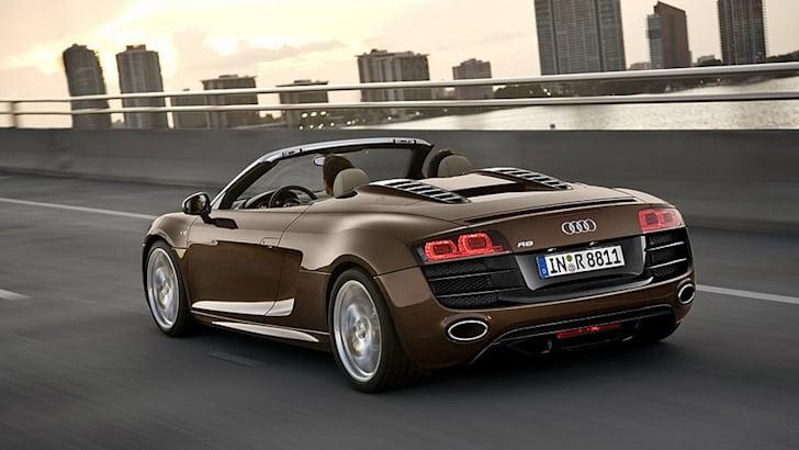 2010_Audi_R8_Spider_004