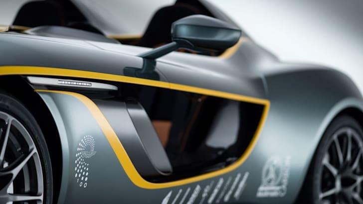 Aston Martin CC100 Speedster Concept 03