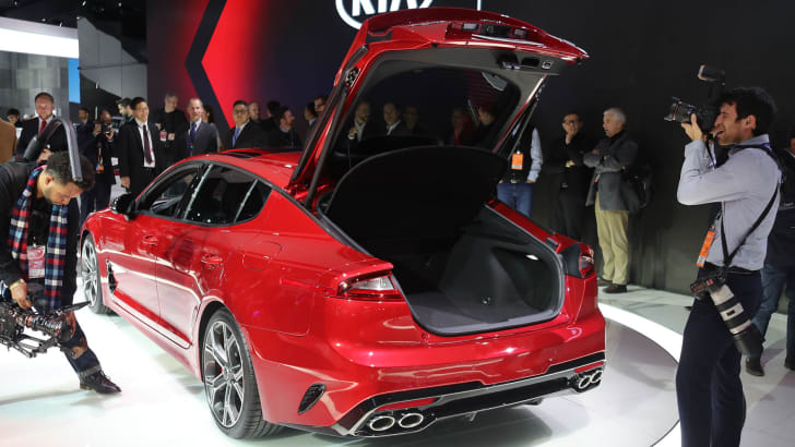 kia-stinger-boot
