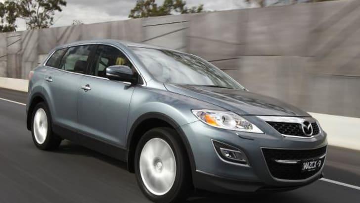2010_Mazda_CX-9_002
