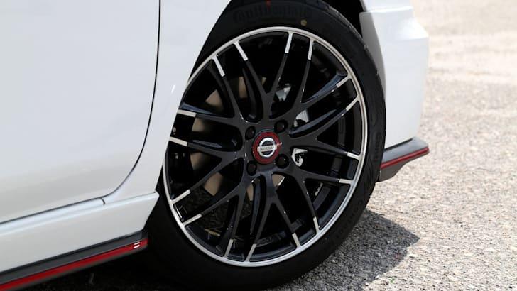 Nissan-Almera-Nismo-concept-3