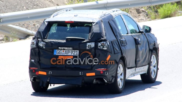 2017_holden_captiva_chevrolet-equinox_spy-photos_03