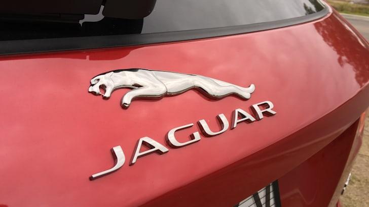 2017-Jaguar-F-Pace-Review- - 32