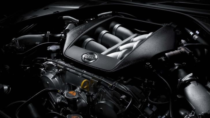 nissan-gtr-spec-v-2010-engine-299