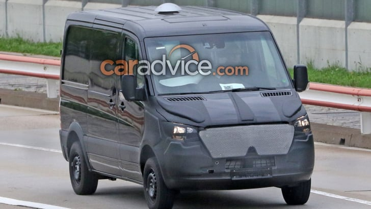 mercedes-sprinter-spy-2-hero