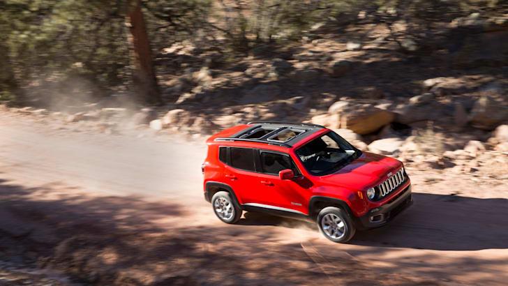 2015-Jeep-Renegade-Press-24