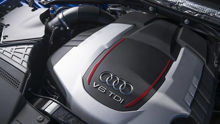 2016-Audi-SQ5-Plus-19