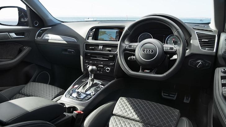 2016-Audi-SQ5-Plus-20