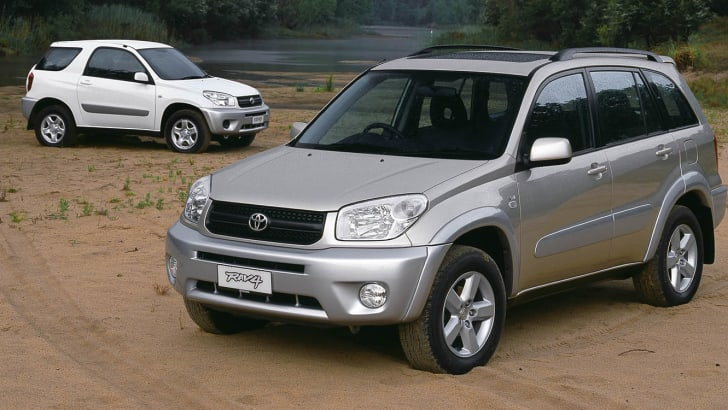 2.4 litre RAV4 5 door Cruiser and 2.4 litre RAV4 3 door Edge (rear)