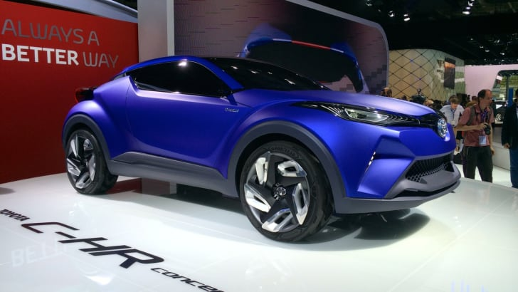Toyota C-HR Paris_3