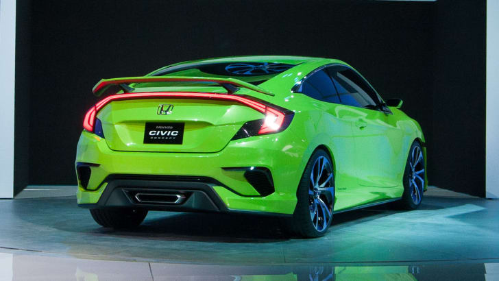 honda-civic-concept-rear