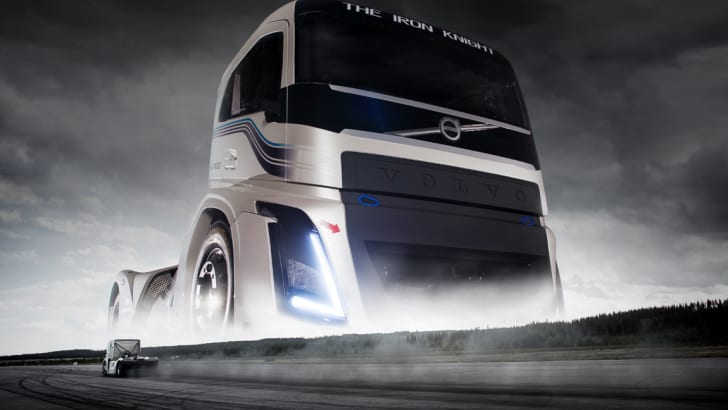 volvo-fh_the-iron-knight
