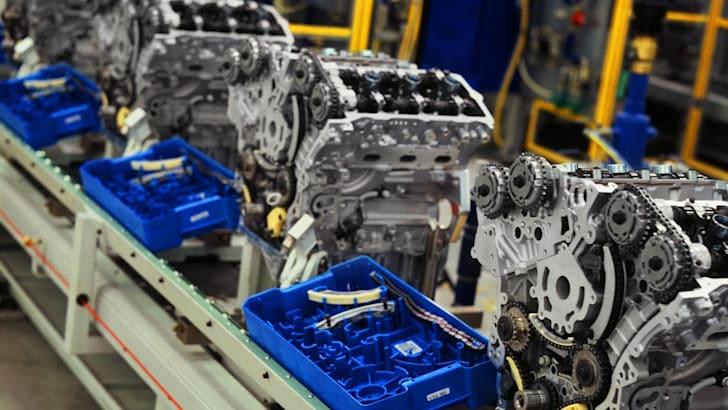 Global V6 Assembly Line
