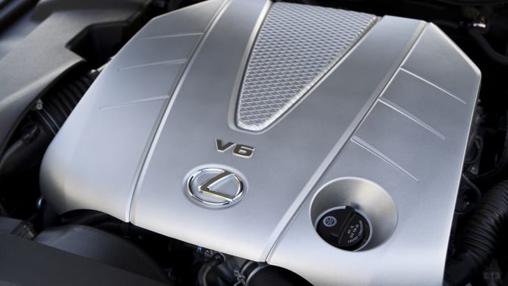 IS 350 3.5-litre V6 engine