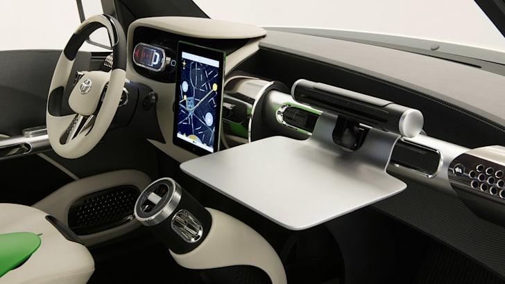 Toyota U2 Urban Utility concept - interior
