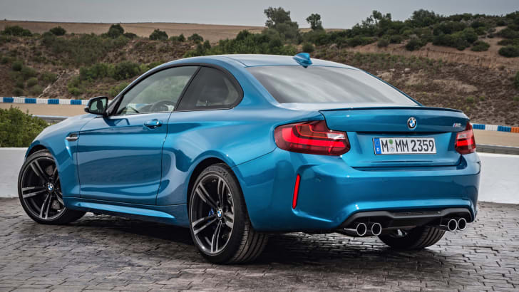 2016-bmw-m2-coupe-4