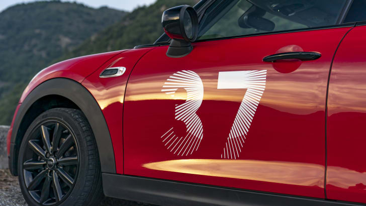 2021 Mini Paddy Hopkirk Edition: цена и характеристики: классическое издание, вдохновленное ралли, доступно в кузовах Cooper S, JCW | CarAdvice