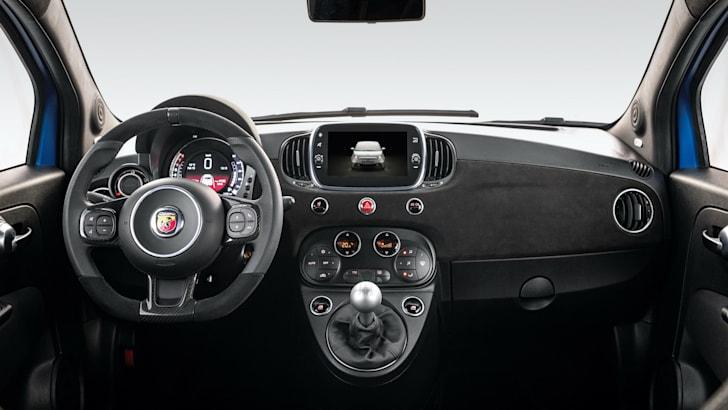 В 2021 году обновленный Abarth 595 должен появиться в Австралии во второй половине этого года | CarAdvice