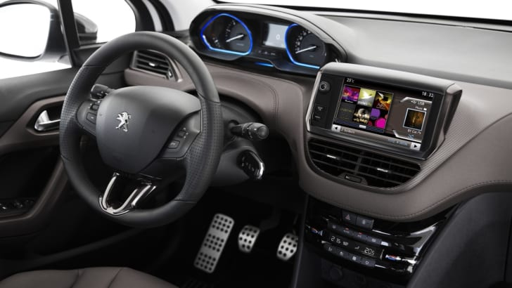 Peugeot-2008-Review-17