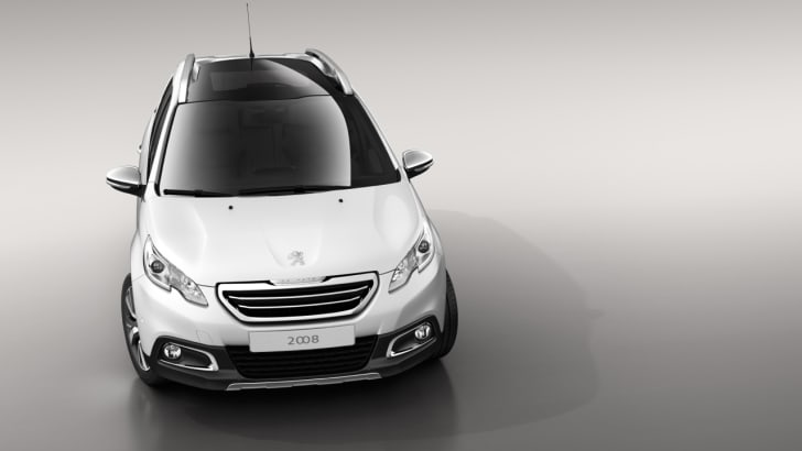 Peugeot-2008-Review-01