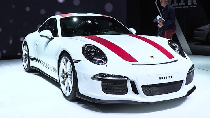 14 Porsche 911 R.00_01_08_09.Still001