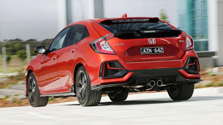 Шпионские фото нового хэтчбека Honda Civic | CarAdvice