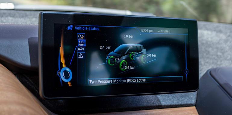 Eco-Test Country loop - Audi A3 e-tron v BMW i3 v Citroen C4 Cactus v Toyota Prius-14