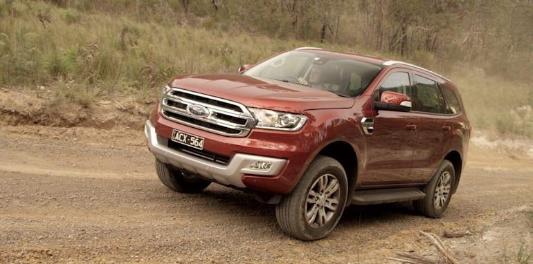Ford-Everest-Toyota-Fortuner-Comparison-46
