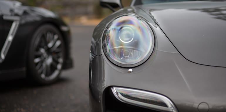 2015-porsche-911-turbo-v-nissan-gtr-comparison-52