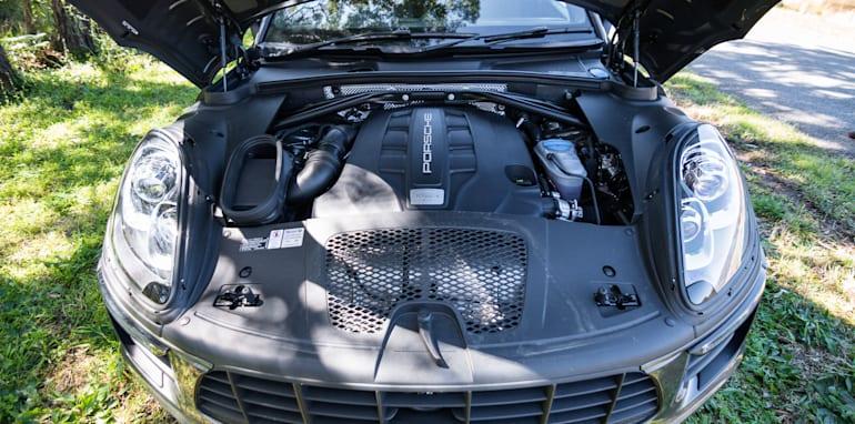 2014 Porsche Macan S Diesel-13
