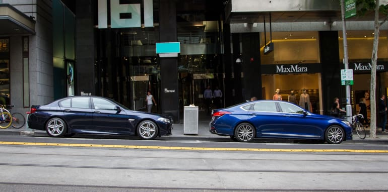 2014-HYUNDAIandBMW-528i-vs-genesis-comparison-109