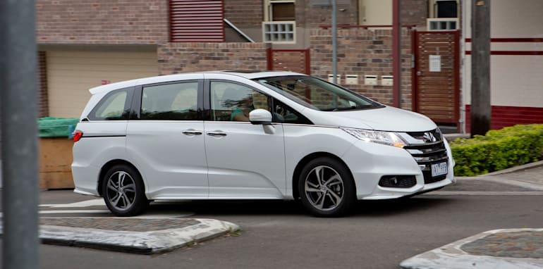 2014 Honda Odyssey 17
