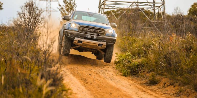 ford ranger 3.0 oil capacity