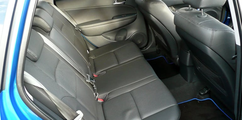 i30cwlaunch-rearseats