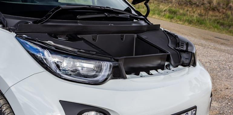 Eco-Test Country loop - Audi A3 e-tron v BMW i3 v Citroen C4 Cactus v Toyota Prius-171
