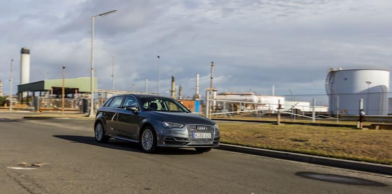 Eco-Test Urban loop - Audi A3 e-tron v BMW i3 v Citroen C4 Cactus v Toyota Prius-62