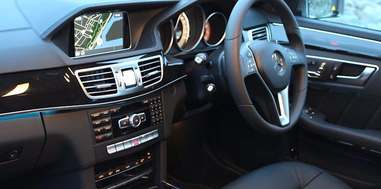 Holden Calais V Mercedes-Benz E250 - 26