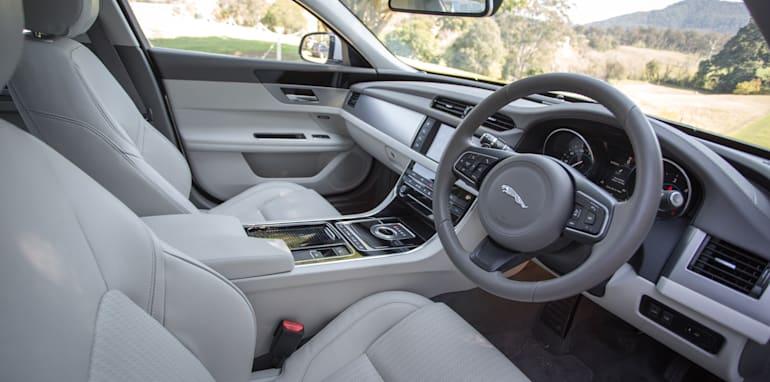 2016 Luxury sedan comparison Hyundai Genesis Ultimate v Jaguar XF 20d Prestige v Infiniti Q70 GT v Lexus GS200t F Sport v Skoda Superb sedan 206TSI-127
