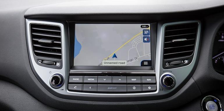 2015-RAV4-CX5-TUCSON-FORESTER-4-car-medium-suv-comparison-102