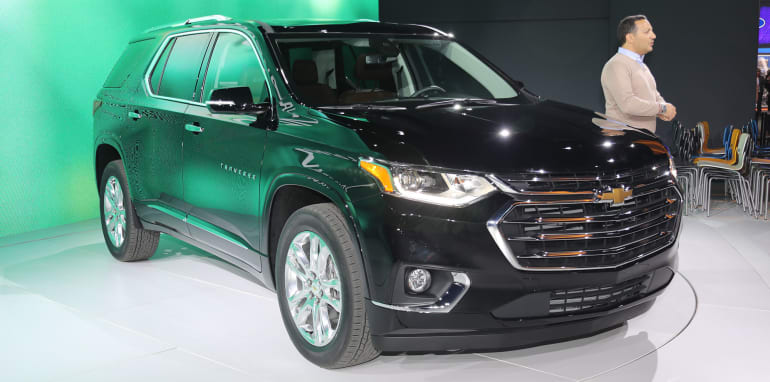 chevrolet-traverse-front