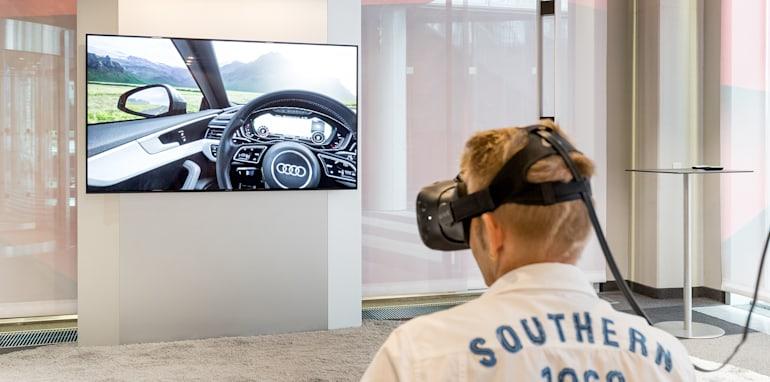 2018-Aud-Virtual-Reality-3