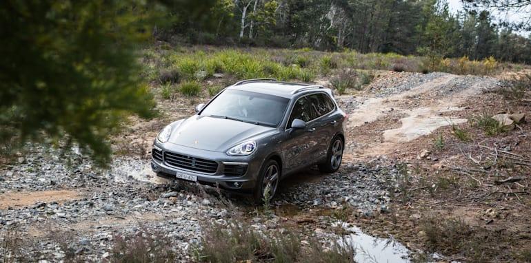 2016 Luxury SUV Comparo_Range Rover Sport V Jaguar F Pace V Porsche Cayenne V Volvo XC90 V BMW X5 V Audi Q7 V Lexus RX350 V Merc GLE250d-263