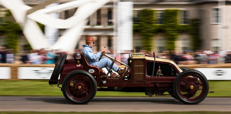 2016 Goodwood Festival Of Speed 23rd - 26th June 2016 FoS Saturday, 26th June. Goodwood, England. Batch 1, one, track action Photo: Drew Gibson