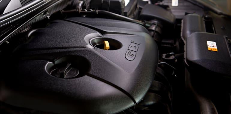 Mid-size Sedans - Hyundai i40 engine