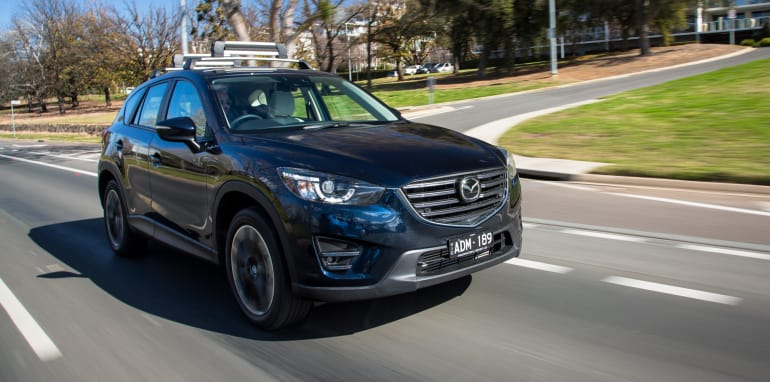2015-RAV4-CX5-TUCSON-FORESTER-4-car-medium-suv-comparison-140