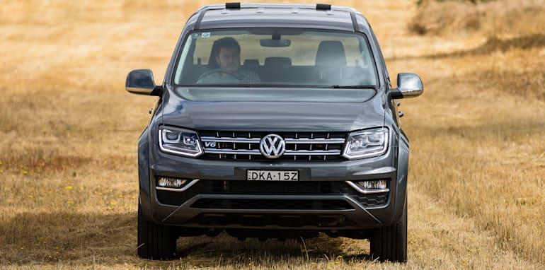 2017-ford-ranger-xlt-v-volkswagen-amarok-v6-78